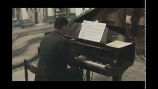 Σπύρος Δεληγιαννόπουλος: Ερμηνεύοντας το Distant Thoughts, έργο για σόλο πιάνο.